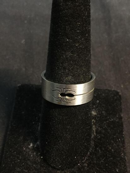 Black Widow Spider Cut-Out Detailed 8mm Wide Sterling Silver Band