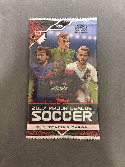 Factory Sealed Topps MLS 2017 Major League Soccer Futbol Hobby 8 Card Pack