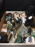 Extremely Cool Lot of STAR WARS Plush/Action Figures, Key Chains, Toys, Etc