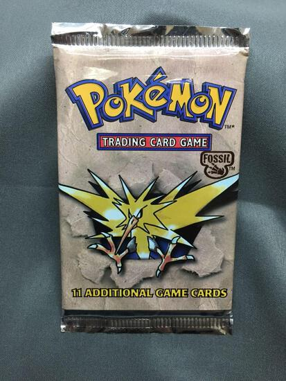 Factory Sealed Pokemon Fossil Unlimited 11 Card Booster Pack - 20.8 Grams