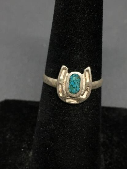 Turquoise Inlaid 10x9mm Lucky Horseshoe Motif Sterling Silver Ring Band