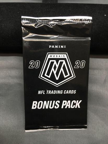 Factory Sealed 2020 Panini Mosaic Football 3 Card Pink Camo Bonus Pack - Joe Burrow Rookie?
