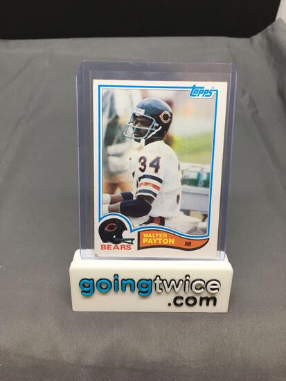 1982 Topps #302 WALTER PAYTON Bears Vintage Football Card