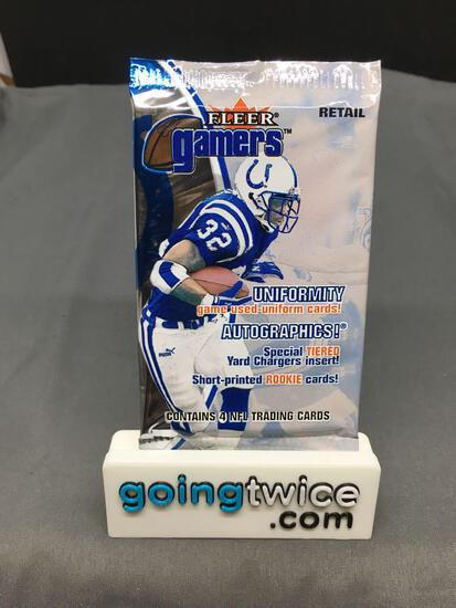 Factory Sealed 2000 FLEER GAMERS Football 4 Card Retail Pack - Tom Brady RC Autograph?