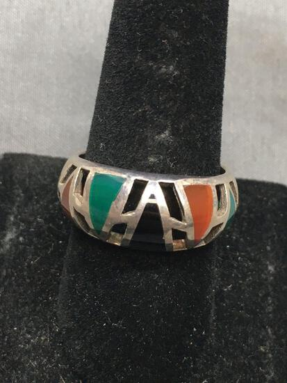 Alternating Triangle Cabochon Shaped Green, Carnelian & Black Onyx Featured Inlaid 10mm Wide Tapered