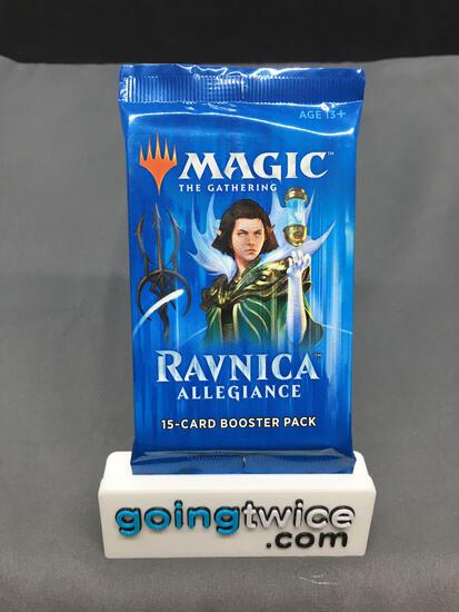 Factory Sealed Magic the Gathering RAVNICA ALLEGIANCE 15 Card Booster Pack