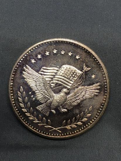 1 Troy Ounce .999 Fine Silver Eagle & Flag Silver Bullion Round Coin