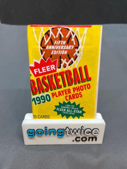 Factory Sealed 1990-91 Fleer Basketball 15 Card Wax Pack - Michael Jordan?