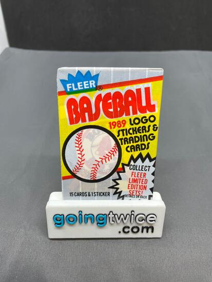 Factory Sealed 1989 FLEER BASEBALL Vintage 15 Card Trading Card Pack - Griffey RC? Ripken Error?