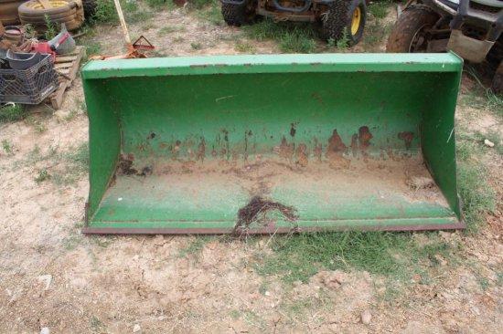 John Deere Quick Attach Bucket
