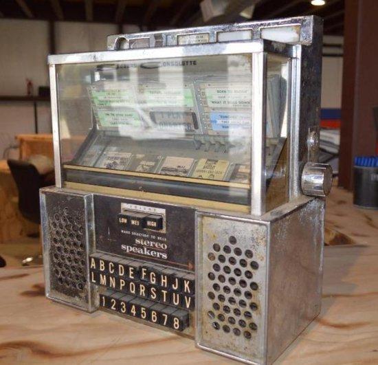 Seeburg Consolette Vintage JukeBox