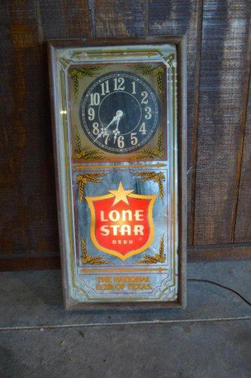 Plug-In Lone Star Clock