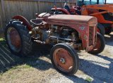 Massey 45 Gas Tractor - RUNS
