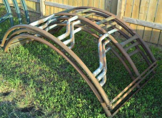 Round Bale Rack - brown
