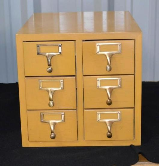 1 File Box with 6 Card Drawers
