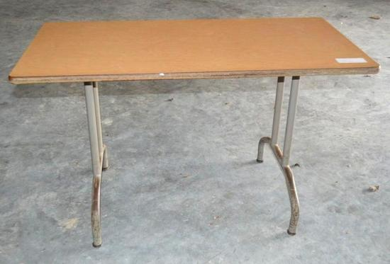 4' x 2' Table