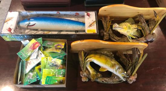 Fish Wall Decor and Lures - All Newm - All 1 Lot