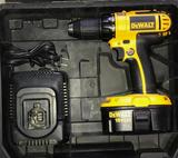 DeWalt 18v XR Cordless Power Drill