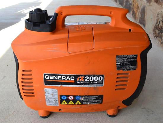 Generac ix2000 Generator 120v 2000 watts 16.7 amps - Gas Powered Portable Inverter Generator