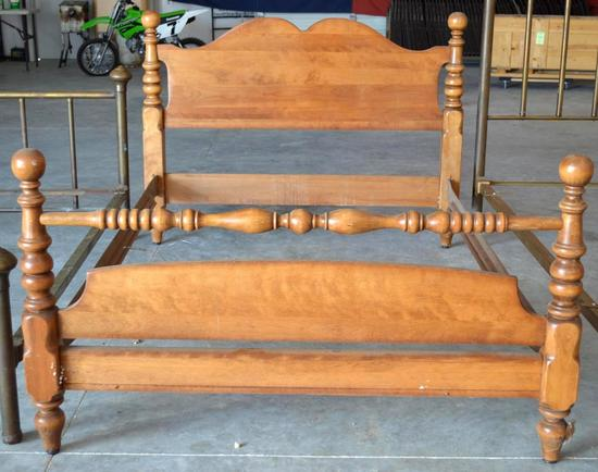 Full Size Maple Bed