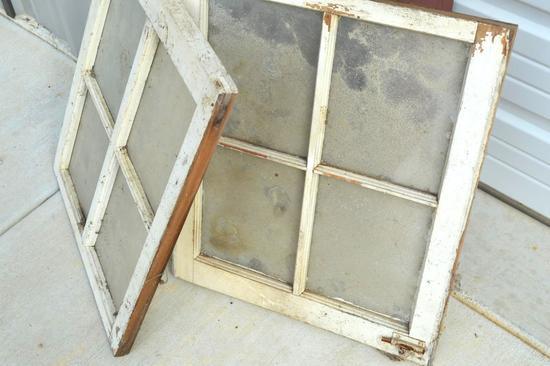 2 Window Panes