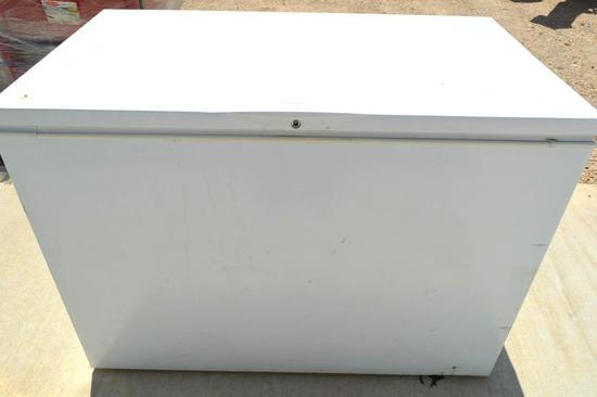 Frigidaire Gallery Chest Freezer