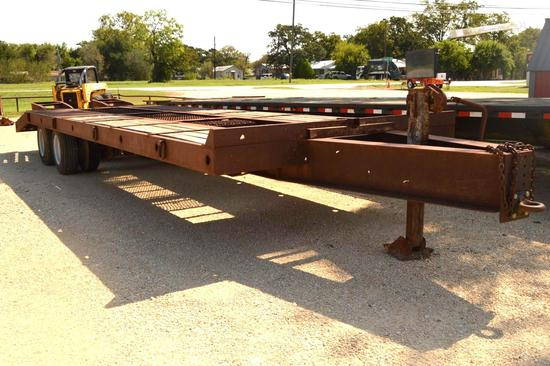 32' Dovetail Trailer w/Pintle Hitch