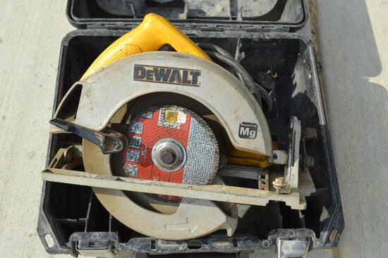 """Dewalt DW368 7.25"""" Circular Saw"""