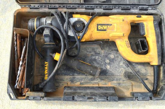 Dewalt D25213 Hammer Drill