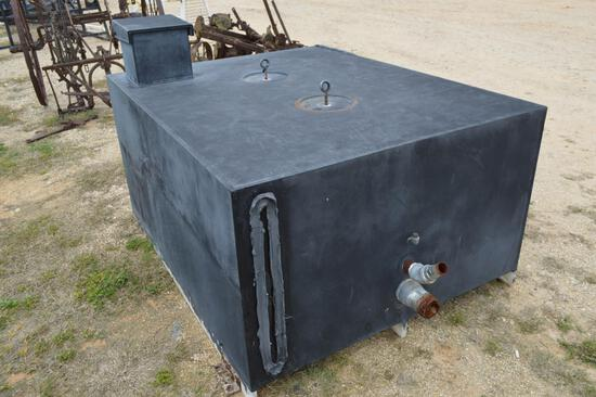 300 gallon Pro Poly Tank
