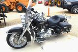 2002 Harley Davidson Road King Classic w/ Custom Chrome Package