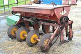 Taylor Machine Works Pasture Dream - 4 Disc - Quick Attach Oat Planter