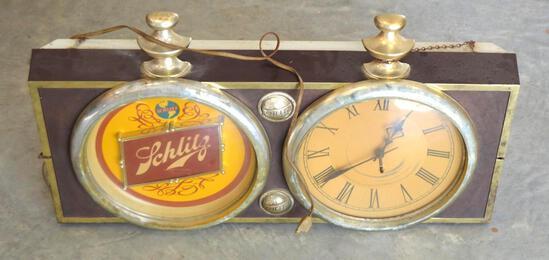 Vintage/Antique Collectible Schlitz Clock