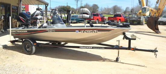 16'3 2009 Bass Tracker Boat W/ 2009 Mercury 50hp