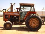 2705 Massey Ferguson 2WD Tractor