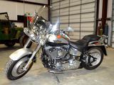 2003 Harley-Davidson FLSTFI Gasoline Motorcycle/ATV *TITLE