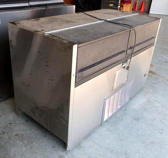Delfield Stainless Steel Reach In Style Refrigerator