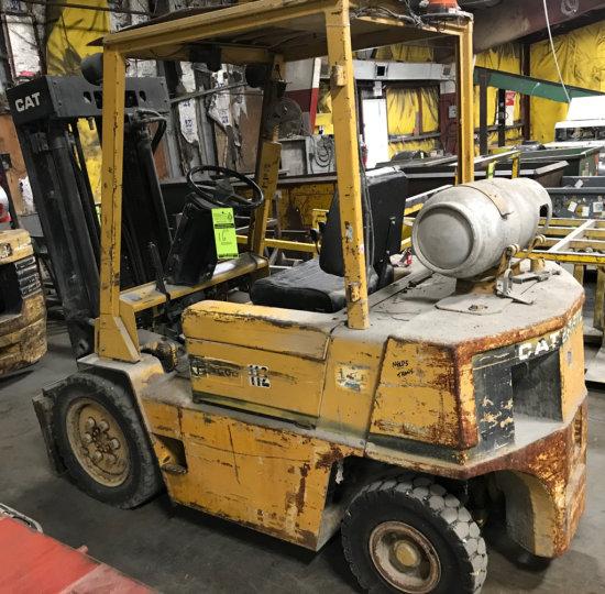 Caterpillar V500 Forklift Triple Mast Forklift