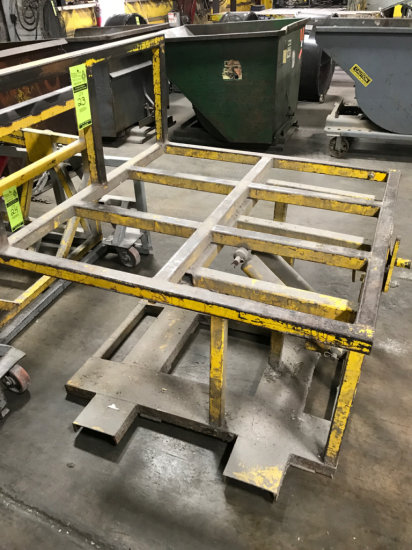 Stationary Industrial pallet box dumper or rotator
