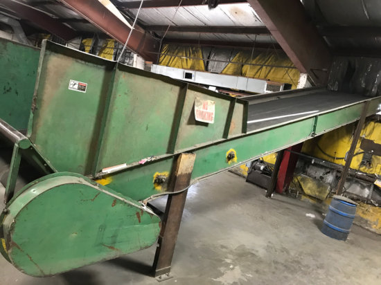 Large incline conveyor belt 27 feet long, and 5 feet wide