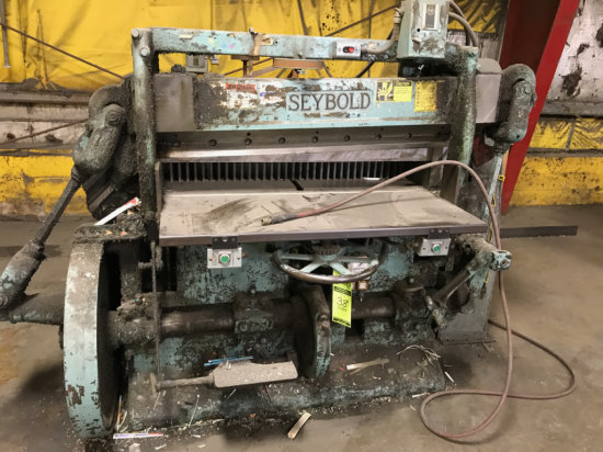 Seybold Cutting Machine/ Shear Approx 52 inches Cutting Machine