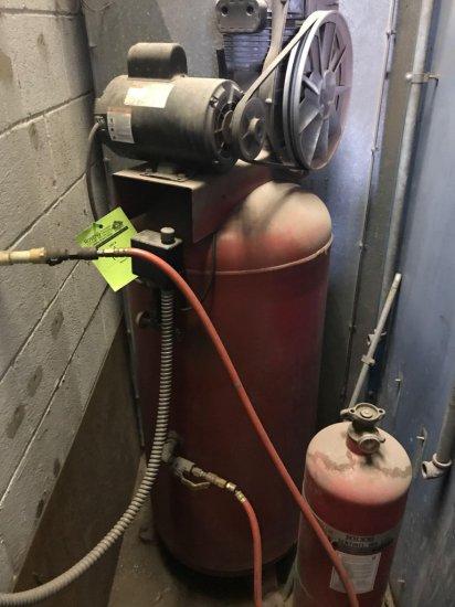 Approx 50 gallon air compressor