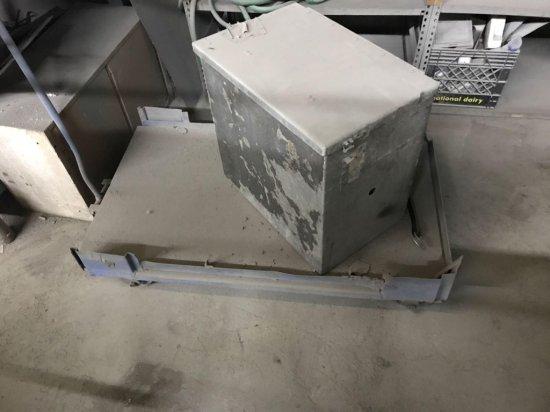 Cart and metal toolbox