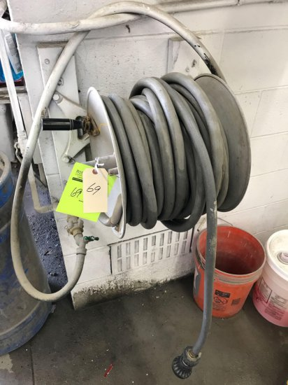 Water hose retractable reel, with approx 50 foot of hose included