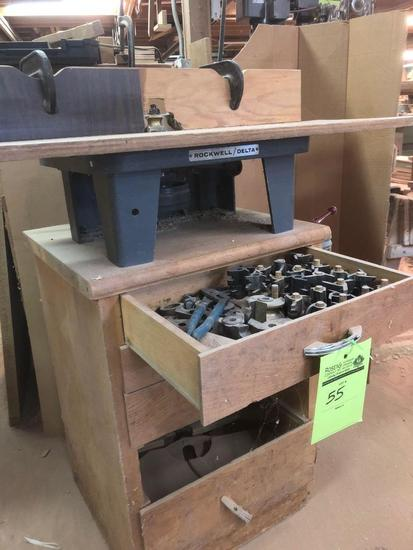 Delta Rockwell router/table with bits