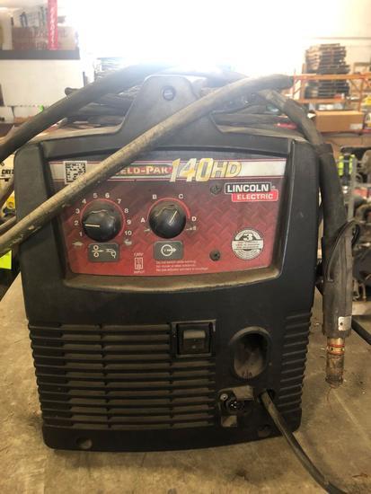 Lincoln Electric Weld-Pak 140HD welder