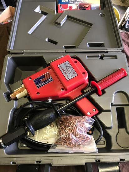 Magna Spot Stud Welder Kit with case