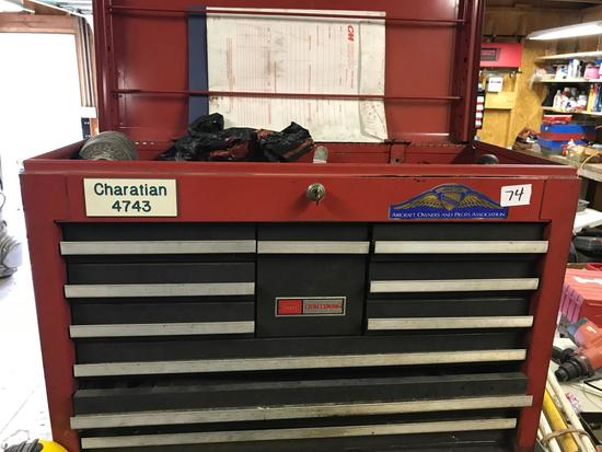 Craftsman Top Box with misc contents, WITH KEY, 26 inches wide