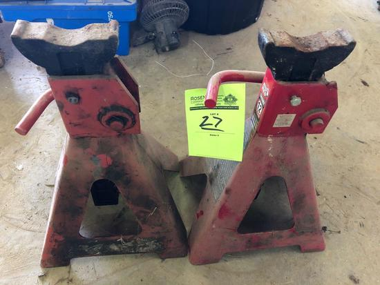 Pair of Big Red 12 ton jack stands