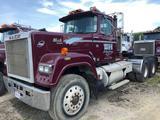 1989 Mack Econodyne Super Liner Tractor RW713